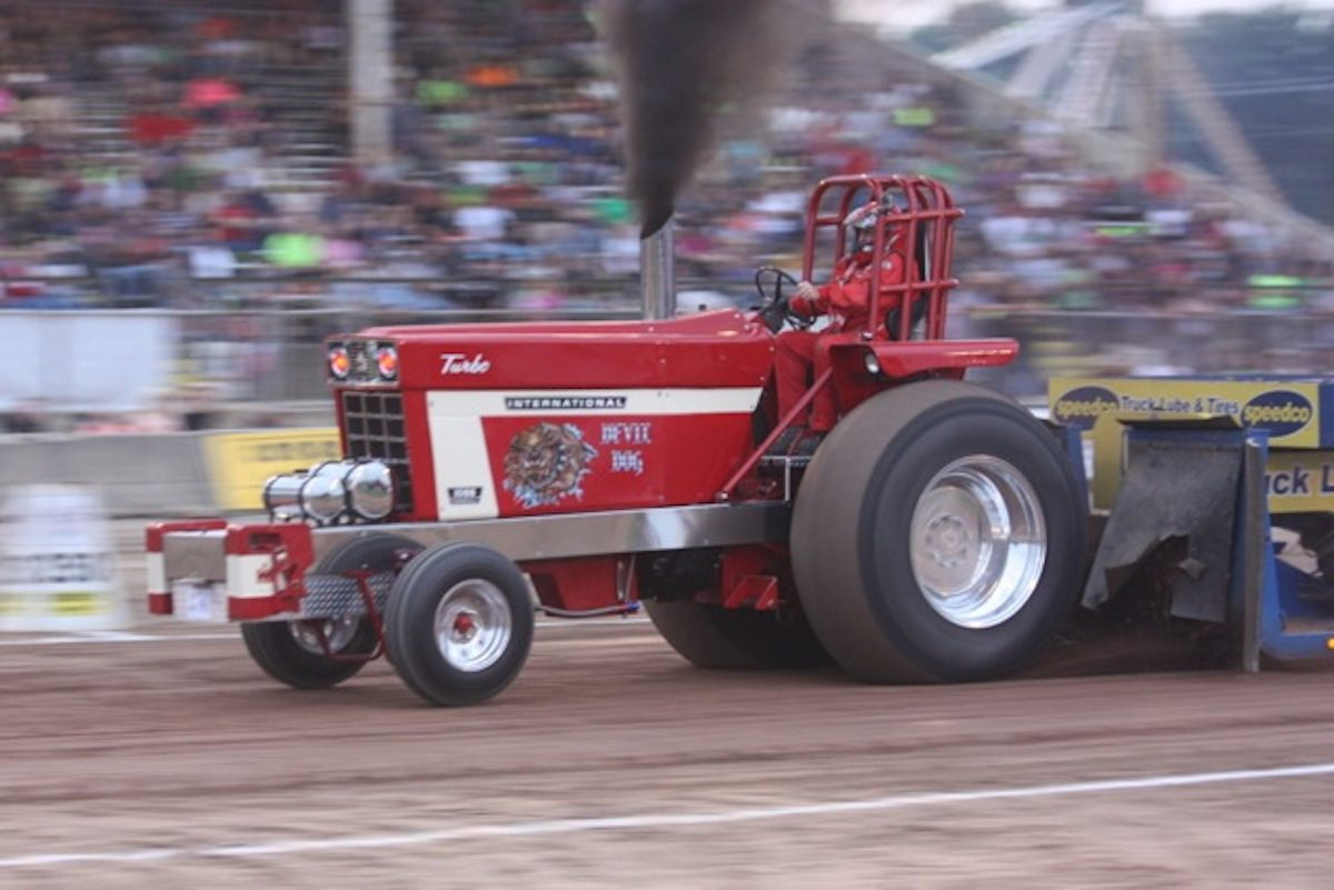 Tractor Pulling Tractor : Carroll co fair tractor pull photo gallery farm