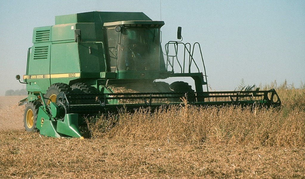 USDA WASDE April report pegs corn use for ethanol higher